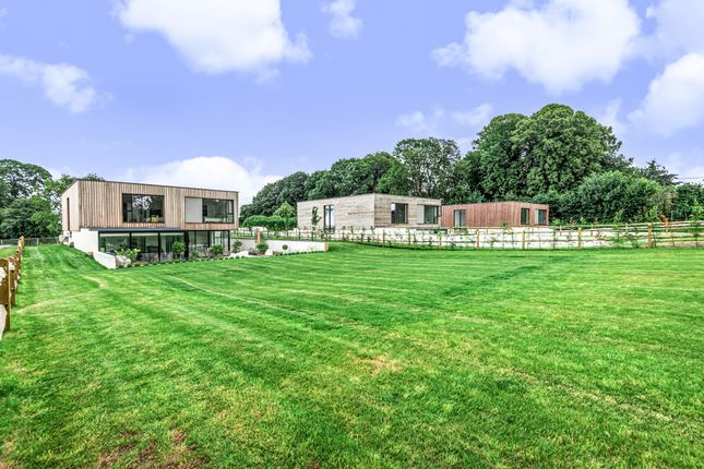 5 bed detached house for sale in Wingate Meadow, Long Sutton, Hook, Hampshire RG29