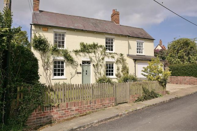 Thumbnail Cottage to rent in Old End, Padbury