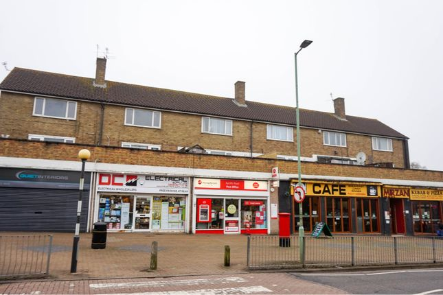 Thumbnail Flat for sale in Aycliffe Road, Borehamwood
