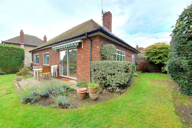 Thumbnail Bungalow to rent in Cavendish Road, Barnet