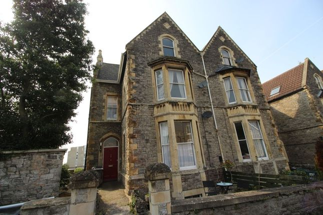 Thumbnail Flat to rent in Victoria Road, Clevedon