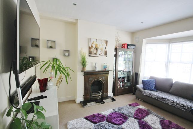 Flat for sale in Fosse Road South, Leicester
