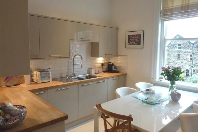 Thumbnail Flat to rent in West End Avenue, Harrogate