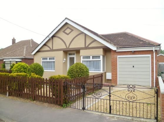 Thumbnail Bungalow to rent in Wharf Street, Sutton Bridge, Spalding