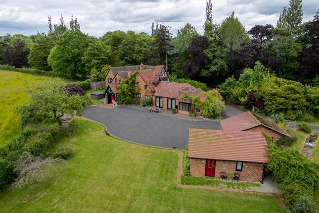 6 bed detached house for sale in Old Warwick Road, Rowington, Warwick CV35