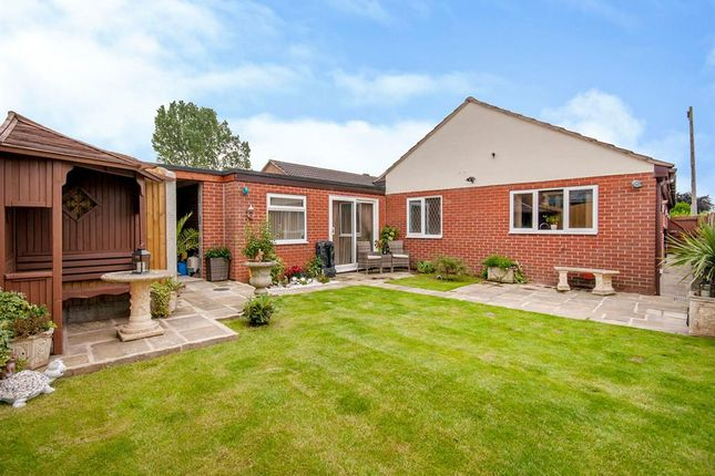 Thumbnail Detached bungalow for sale in Holm Road, Westwoodside, Doncaster
