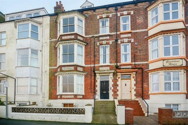 Thumbnail Flat to rent in Let Me....Basement Flat, 2 Gladstone Terrace, Bridlington.