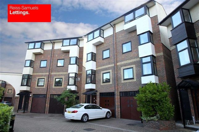 Thumbnail Town house to rent in Ironmongers Place, Canary Wharf E14, Canary Wharf,