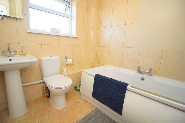 Bathroom of Sunnybank Court, Brackla, Bridgend County. CF31