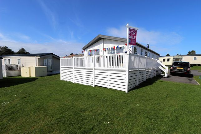 Thumbnail Mobile/park home for sale in Gillard Road, Brixham