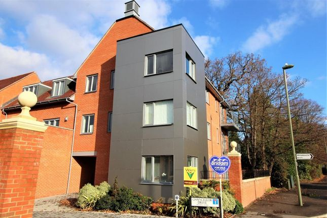 Thumbnail Flat for sale in Chancellor Drive, Frimley