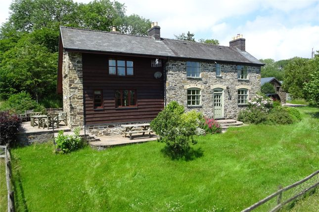 Thumbnail Detached house for sale in Trefeglwys, Powys