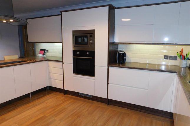d/Kitchen 3 of William Way, Wainfleet, Skegness PE24