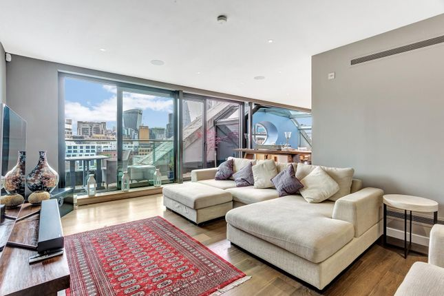 Thumbnail Flat to rent in Sterling Mansions, Leman Street, Aldgate, London