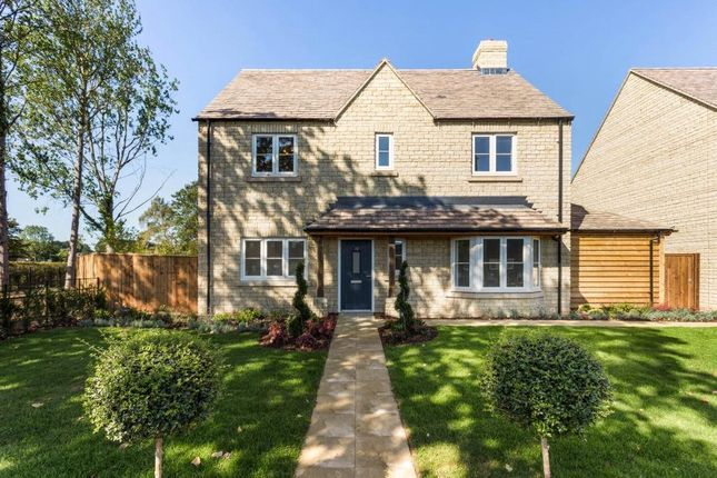 Thumbnail Detached house for sale in 10 St Johns Road, Tackley, Oxfordshire OX53Ap