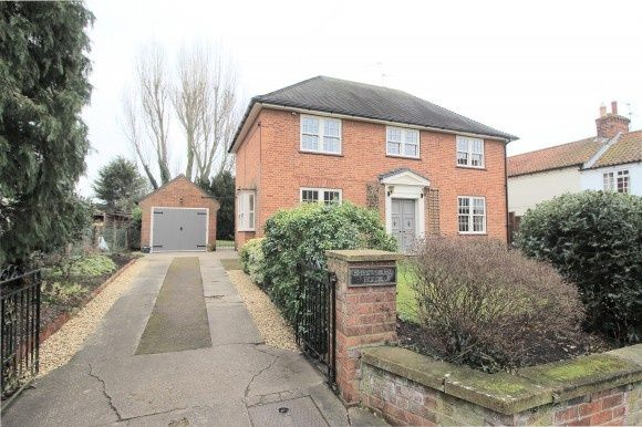 Thumbnail Detached house to rent in Castle View Road, Easthorpe, Nottingham