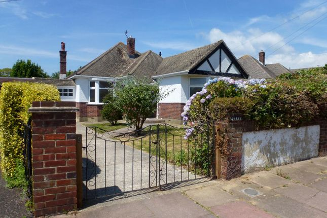 Thumbnail Bungalow to rent in Southsea Avenue, Goring-By-Sea, Worthing