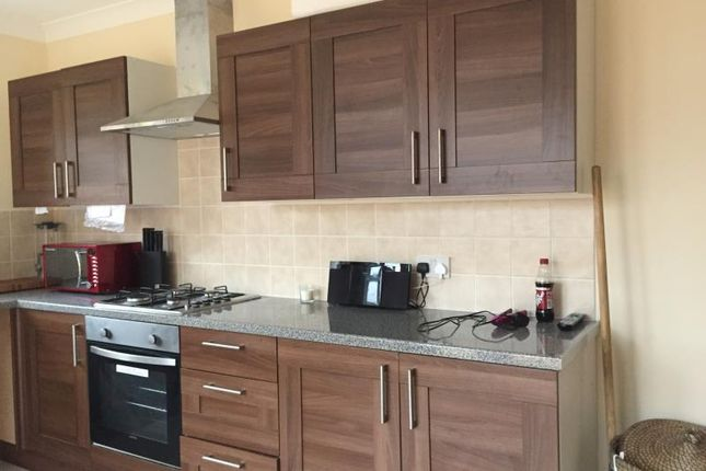 Thumbnail Property to rent in Elmcroft Avenue, London