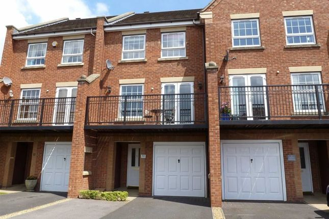 Thumbnail Town house for sale in Banquo Approach, Heathcote, Warwick