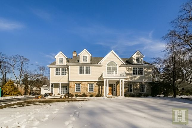 Thumbnail Town house for sale in 4 Hotel Drive, White Plains, New York, United States Of America