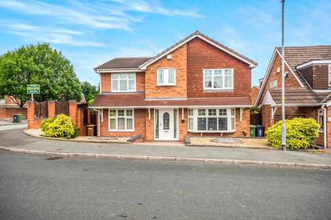 Thumbnail Detached house for sale in Brockeridge Close, Willenhall, West Midlands