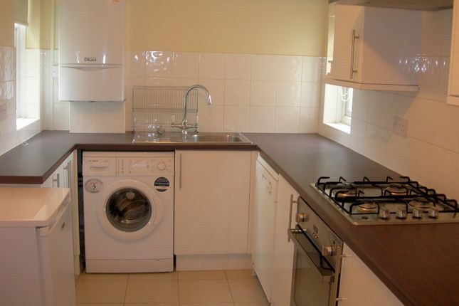 Thumbnail Flat to rent in Anglsea Road, Kingston