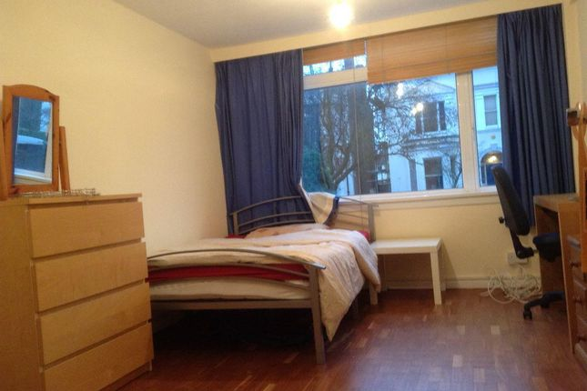 Thumbnail Flat to rent in Flat 1, Russell Court, Russell Terrace
