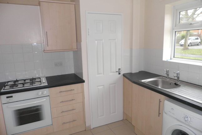 Thumbnail Maisonette to rent in St. Chads Road, Maidenhead