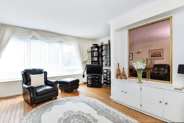 Lounge Area of Finchley, London N3
