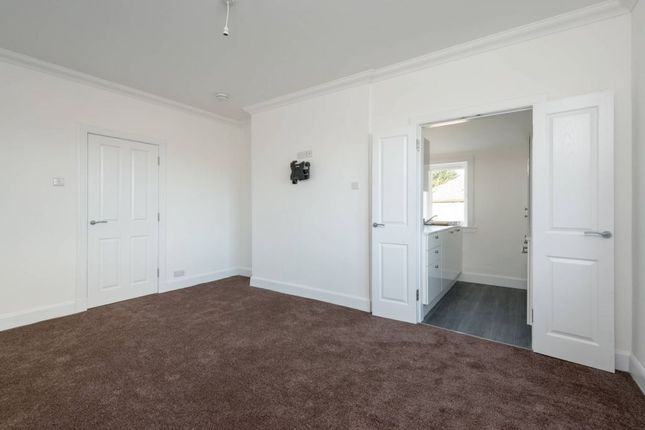 photos of small bedrooms 15 pilton park pilton eh5 3 bedroom flat for 16645