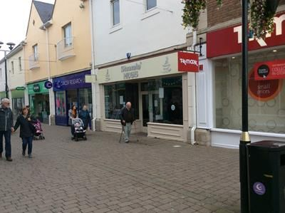 Thumbnail Retail premises to let in Merlins Walk, Carmarthen, Carmarthenshire