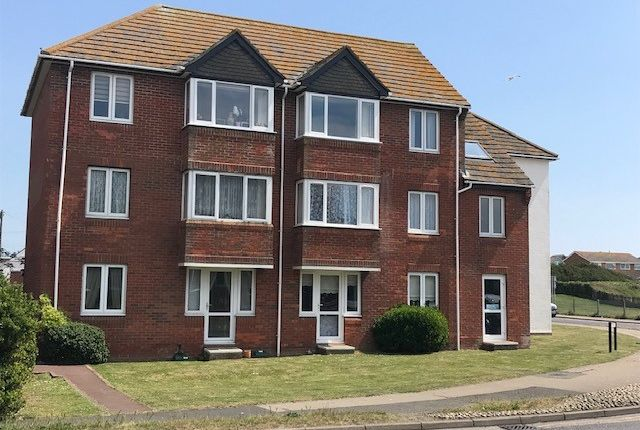 Thumbnail Flat for sale in Cavell Avenue, Peacehaven