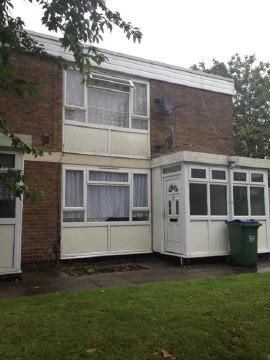 Thumbnail Flat to rent in Beaconsview Road, West Bromwich