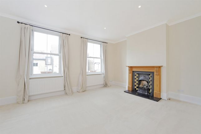 Thumbnail Flat to rent in Althorp Road, London