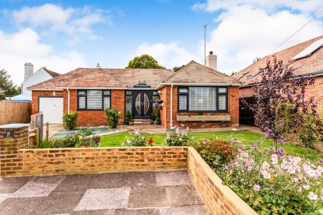 Thumbnail Bungalow for sale in Exmoor Close, Worthing, West Sussex, Na