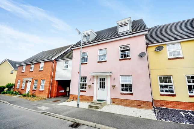 Thumbnail Town house for sale in Plaiters Way, Braintree