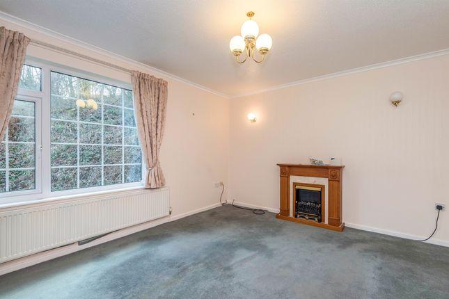 Flat for sale in Truncliffe, Bradford