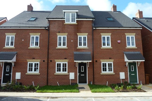 Thumbnail Mews house to rent in Hornbeam Close, Stockport