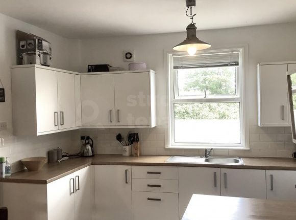 Thumbnail Shared accommodation to rent in Tarvin Road, Chester, Cheshire West And Chester