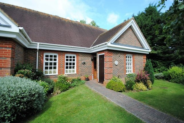Thumbnail Bungalow for sale in 5B Whybrow Gardens, Castle Village, Berkhamsted, Hertfordshire