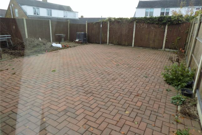 Picture No. 61 of Andrews Drive, Langley Mill, Nottingham, Derbyshire NG16