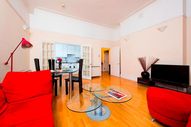 2 bed flat to rent in City Road, London