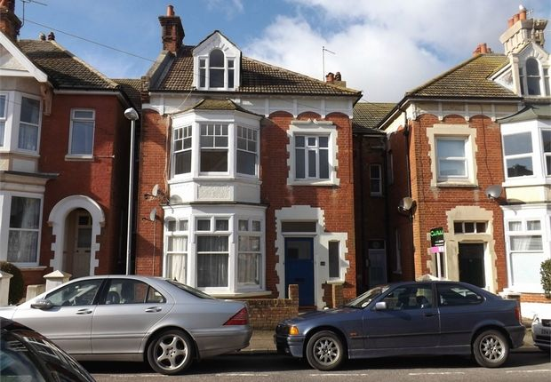 1 bed flat to rent in Linden Road, Bexhill-On-Sea, East Sussex