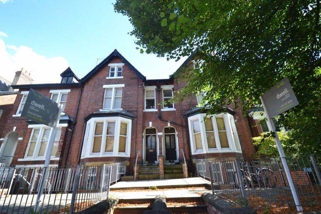 Thumbnail Flat to rent in Oakwood Avenue, Oakwood, Leeds