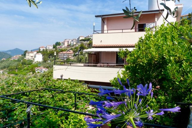 4 bed villa for sale in Pe 608 - Strada Santa Giusta, Perinaldo, Imperia, Liguria, Italy