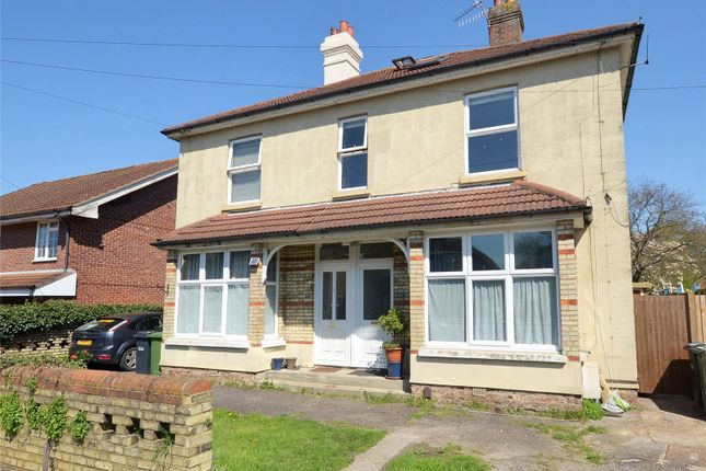 Thumbnail Flat for sale in Horley, Surrey