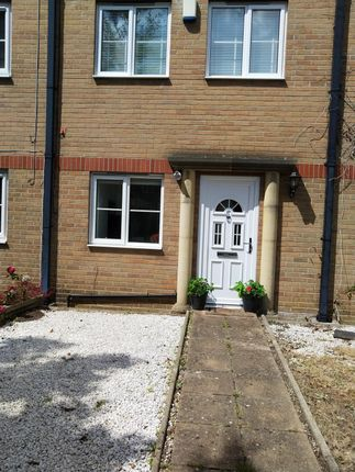 Thumbnail Town house to rent in Queens Road, Westbourne, Bournemouth