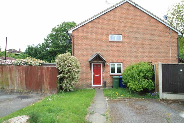 1 bed terraced house to rent in Kiln Way, Badgers Dene, Grays, Essex