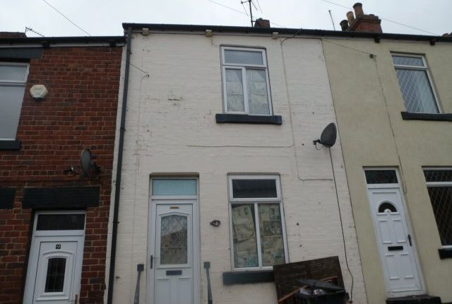 2 bed terraced house to rent in New Street, Royston, Barnsley S71