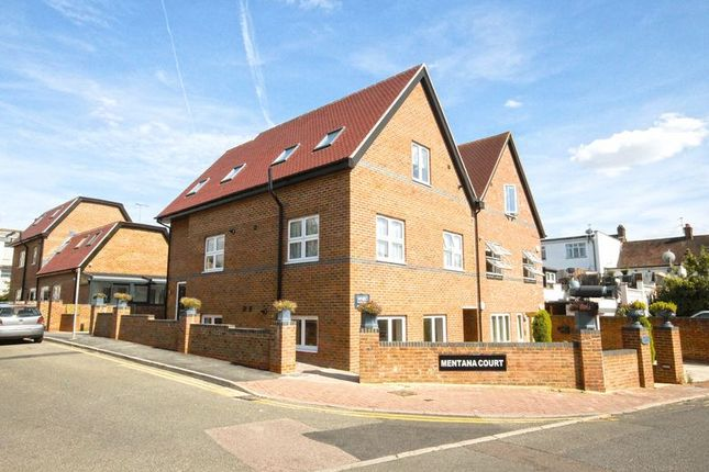Thumbnail Flat for sale in Montana Court, Leeway Close, Hatch End